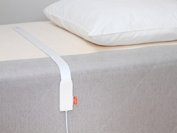 Beddit Tracking Sensor im Bett